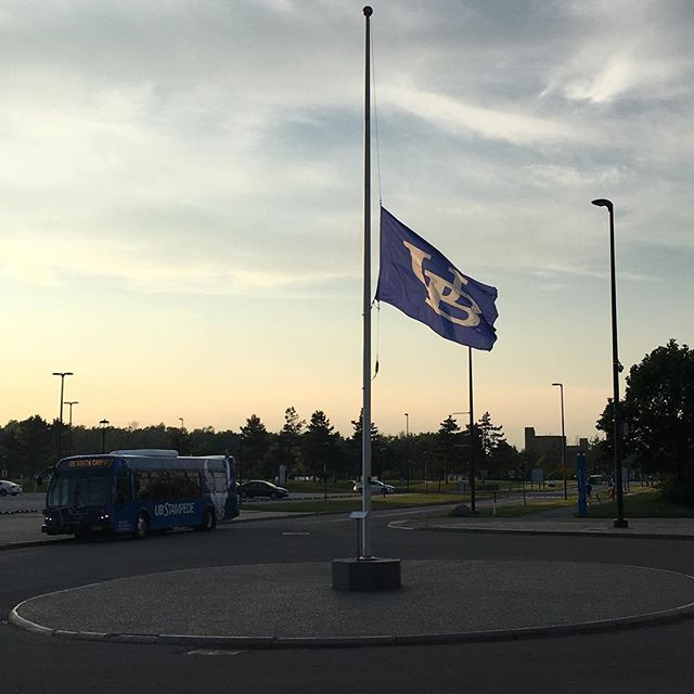 @universityatbuffalo remembers the victims of the #pulseorlando attack with our flag and colors at half-mast today. One of the most incredible things about #UB is that even when it's summer session, or students are on break #UBRemembers and ensures that our school, our colors, our flag stands with our brothers and sisters #Pulse #Orlando #UBPride #universityatbuffalo
